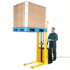 Full Powered Stacker with Power Drive and Powered Lift Models: S-62-FF & S-118-FF g